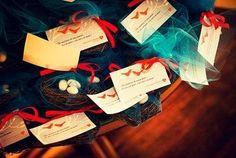 """Ninhos com """"ovinhos"""" de amêndoas Foto: Reprodução / <a href=""""http://casandoembh.com.br/casamento-de-adriana-e-leandro/"""" target=""""_blank"""">Casando em BH</a>"""