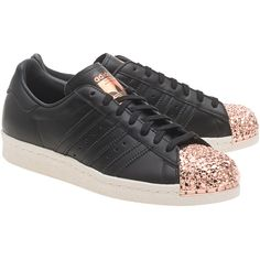 ADIDAS ORIGINALS Superstar 80S Metal Toe Black // Sneakers with... ($165) ❤ liked on Polyvore featuring shoes, sneakers, 80s sneakers, metal toe cap, metallic shoes, black trainers and cap-toe sneakers