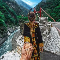 Murad Osmann: Taroko National Park in 🇹🇼 Taiwan 🇹🇼 with . anyone from Taiwan here . Murad Osmann, Waiting Here For You, Discover Hong Kong, Set Me Free, Destination Voyage, Hold My Hand, Stunningly Beautiful, Taipei, Follow Me