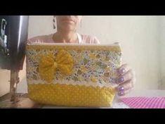 Neceser amarillo y floral con piculina