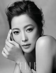 [ad Kim Hee Sun, a South Korean actress who is in her mid glows with radiance for Elle Korea Magazine. Korean Makeup Look, Korean Beauty, Asian Beauty, Kim Hee Sun, Kim Tae Hee, Kim Sun Ah, Korean Actresses, Korean Actors, Actors & Actresses