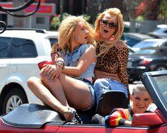 """""""Pretty Girls"""" de Britney Spears e Iggy Azalea no fue un éxito"""