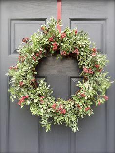 Green Christmas Wreath Berries Holiday by WreathsByRebeccaB