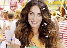 Saiba detalhes do look de Megan Fox para o Carnaval carioca