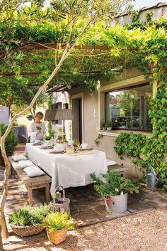 44 backyard porch ideas on a budget patio makeover outdoor spaces 31 Backyard Patio Designs, Pergola Patio, Backyard Landscaping, Patio Ideas, Pergola Kits, Porch Ideas, Pergola Ideas, Pathway Ideas, Wisteria Pergola