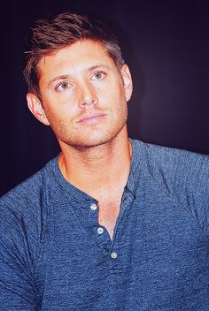 DallasCon2012. How has he aged so well? It's really unfair... and awesome.