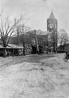 Marietta Square - Marietta, GA Back when the roads were dirt and horse power meant... HORSE powered!