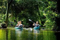 Toller Kanu-Tour-Tipp für die letzten  Sonnentage im Herbst: Im Spreewald rund 100 Kilometer vor  Berlin wartet ein Paddel-Paradies! Große Freiheit auf kleinen Flüssen ...