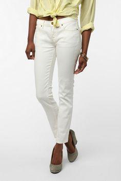 BDG Cigarette Mid-Rise Jean - White