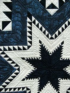 Feathered Star quilt by Amy Hunter. 2012 Oklahoma City Winter Quilt Show. Photo by Jan Hutchison. Patchwork Quilting, Amische Quilts, Blue Quilts, Quilt Stitching, Star Quilts, Longarm Quilting, Free Motion Quilting, Quilt Blocks, Bargello Quilts