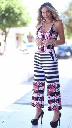 Cool Outfits, Summer Outfits, Mode Chic, Just Girl Things, Pants Outfit, Cropped Pants, Passion For Fashion, Jumpsuit, Style Inspiration