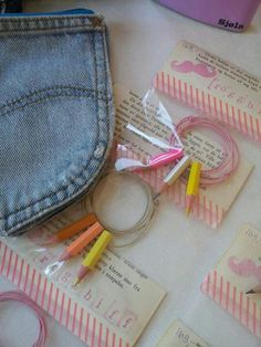 Jeans wallet and pencil necklace