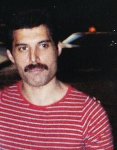 FREDDIE MERCURY Freddie Mercury Parents, Queen Freddie Mercury, Live Aid, King Of Queens, Lucy Boynton, Love Of My Life, My Love, Queen Love, Greatest Rock Bands