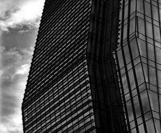 Milano e nuvole, le immagini raccontano i grattacieli in città ©Matteo Cirenei https://www.facebook.com/MatteoCireneiPhotography