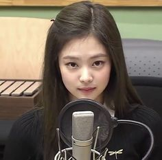 Kim Jennie, South Korean Girls, Korean Girl Groups, It Icons, Blackpink Members, Foto Jimin, Blackpink Photos, Pictures, Girl Inspiration