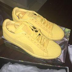 1515d1f6b7e Women s size 9 suede classic woven Pumas Classic suede yellow Pumas Puma  Shoes Sneakers