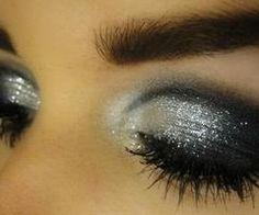 glam smokey eye..