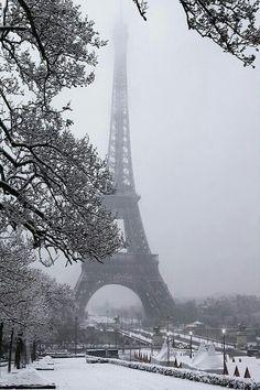 The Eiffel Tower-Paris. When I visited the Eiffel Tower for myself, it was snowing. Torre Eiffel Paris, Paris Eiffel Tower, Places To Travel, Places To See, Travel Destinations, Paris Love, Paris Paris, Paris Flat, Paris Travel