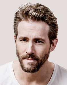 40 Funny Beard Memes & Hottest Celebrity Beards To Celebrate National Beard Day Ryan Reynold's Beard Ryan Reynolds Beard, Ryan Reynolds Haircut, Ryan Reynolds Girlfriend, Ryan Reynolds Style, Chris Williams, Beard Humor, Short Beard, Kino Film, Beards