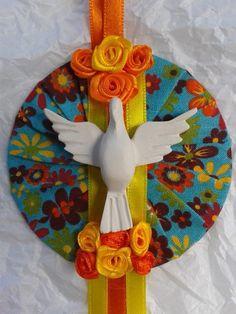 divino12 Diy Crafts Scrapbook, Art Model, Religious Art, Fabric Art, Love Art, Arts And Crafts, Sacramento, Christmas Ornaments, Holiday Decor