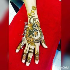Pakistani Henna Designs, Peacock Mehndi Designs, Khafif Mehndi Design, Back Hand Mehndi Designs, Mehndi Design Pictures, Modern Mehndi Designs, Unique Mehndi Designs, Wedding Mehndi Designs, Beautiful Mehndi Design