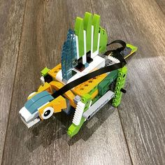 Lego Wedo, Cream Cheese Danish, English Story, Simple Machines, Legos, Robot, Coding, Coding For Kids, Learning