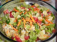 Receitas - Salada de batata em molho de alho - Petiscos.com