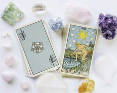 25 Crystals That Will Level Up Your Tarot Readings  Crystals and tarot go together like Nutella and a spoon. Crystals can be used in your tarot reading space to bring in positive, empowering, and cleansing energy. Tarot Cards For Beginners, Oracle Tarot, Tarot Learning, Tarot Card Meanings, Crystal Magic, Tarot Readers, Tarot Spreads, Crystal Meanings, Card Reading