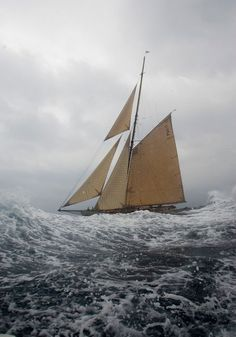 Sailing on rough seas. Classic Sailing, Classic Yachts, Boat Crafts, Water Crafts, Sailboat Drawing, Rough Seas, Sail Away, Stonehenge, Wooden Boats