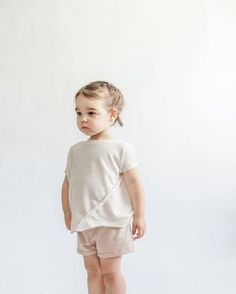 oatmeal v shirt and sand shorts - littles collection photo by the skulls