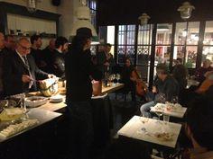Festa di Compleanno con Musica nel Salotto con cucina