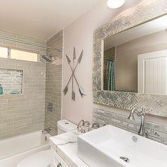Charmant Flop Or Flop Vegas Episode 1 Guest Bathroom That Didnu0027t Get Shown. Pearl  Mosaic Mirror My Favorite! #hgtv #fliporflopvegas #design #interiordesign