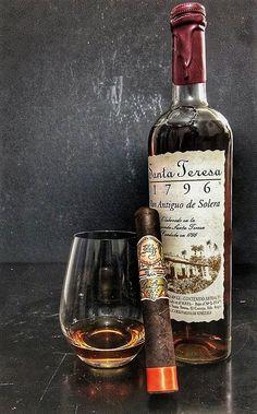 Good Cigars, Cigars And Whiskey, Scotch Whiskey, Bourbon Whiskey, Cuban Cigars, Rum, Whiskey Room, Alcohol, Cigar Bar