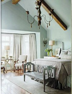 Lovely pale blue bedroom - Segreto Finishes