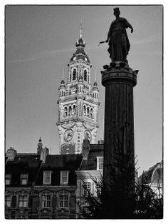 Place du général de Gaulle et la déesse - Lille, décembre 2013, Leica Digilux 2