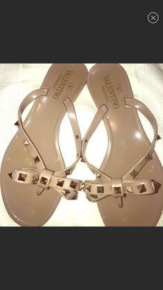 51c3a7b07ba Y16 Valentino Rockstud Nude Jelly Bow Thong Flip Flop Sandals Women Sz 37 M   fashion