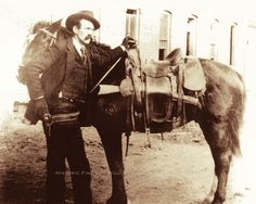 WYATT EARP c1890 RARE PHOTO GUNFIGHTER LAWMAN SHERIFF GAMBLER DODGE CITY