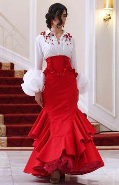 Colección 2013 por Cañavate by phyllis Flamenco Costume, Flamenco Skirt, Flamenco Dancers, Spanish Dancer Costume, Spanish Dress Flamenco, Flamenco Dresses, Mode Russe, Costume Ethnique, Spanish Fashion