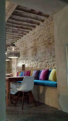 Rustic style dining room by marcello gavioli rustic Decor, Restaurant Interior Design, Chic Home Decor, Country Style Decor, Rustic Restaurant, Dining Room Style, Interior Design, Restaurant Interior, House Interior