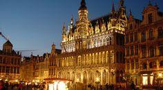 Imagen nocturna del centro de Bruselas - Bélgica