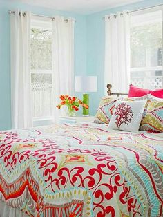 Guest bedroom? Love the colors!!