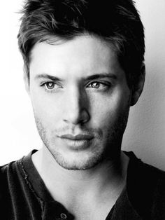 Jensen Ackles. (the link doesn't work but LOOK AT THAT FACE. clearly I have a new fangirl obsession.)