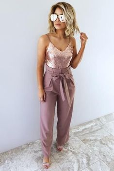 Birthday Outfit Ideas For Women Parties Stitches Ideas Birthday Outfit . 30th Birthday Outfit Ideas For Women, 21st Birthday Outfits, Party Outfits For Women, Nye Outfits, Best Casual Outfits, Birthday Ideas, Rose Gold Outfits, Cute Party Outfits, Women Birthday