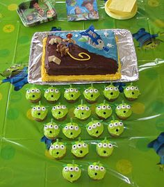 Miracle Times Three: 4 years old! - My friend Tracie did the most amazing alien cupcakes for her toy story themed birthday party last year.  I am saving this idea for Ethan's party next year for sure!