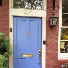 Love this blue door on Oglethorpe Street.  #Savannah #periwinkle