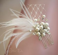 Vintage Wedding Hair Comb Bridal Hair Comb Pearl Feather