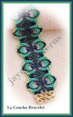 La Concha Bracelet PATTERN  Peyote stitch by jayceepatterns