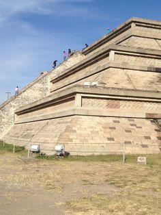 Gran Pirámide de Cholula Piramidi su tutto il pianeta http://www.hystoria.info/index.php/archeologia/piramidi-solo-in-egitto-e-sud-america-non-e-cosi