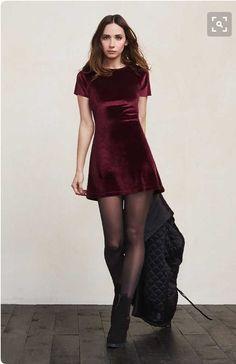 little red velvet dress Vestidos Velvet, Trendy Dresses, Short Dresses, Dress Outfits, Fall Outfits, Outfit Vestidos, Dress Skirt, Dress Up, Red Velvet Dress