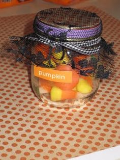 Cute little gifts using baby food jars